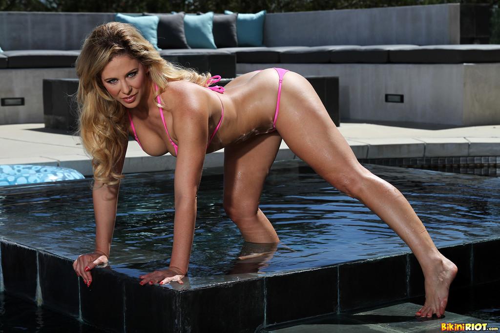 Cherie Deville Bikini Gallery