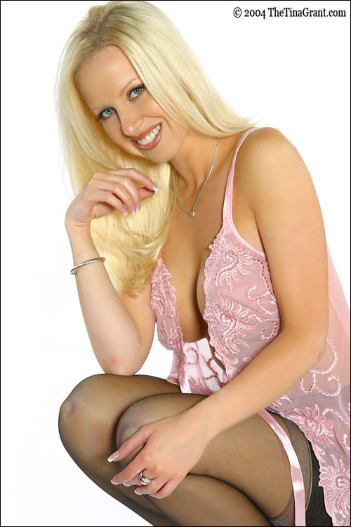 Blonde tina grant sexy home strip