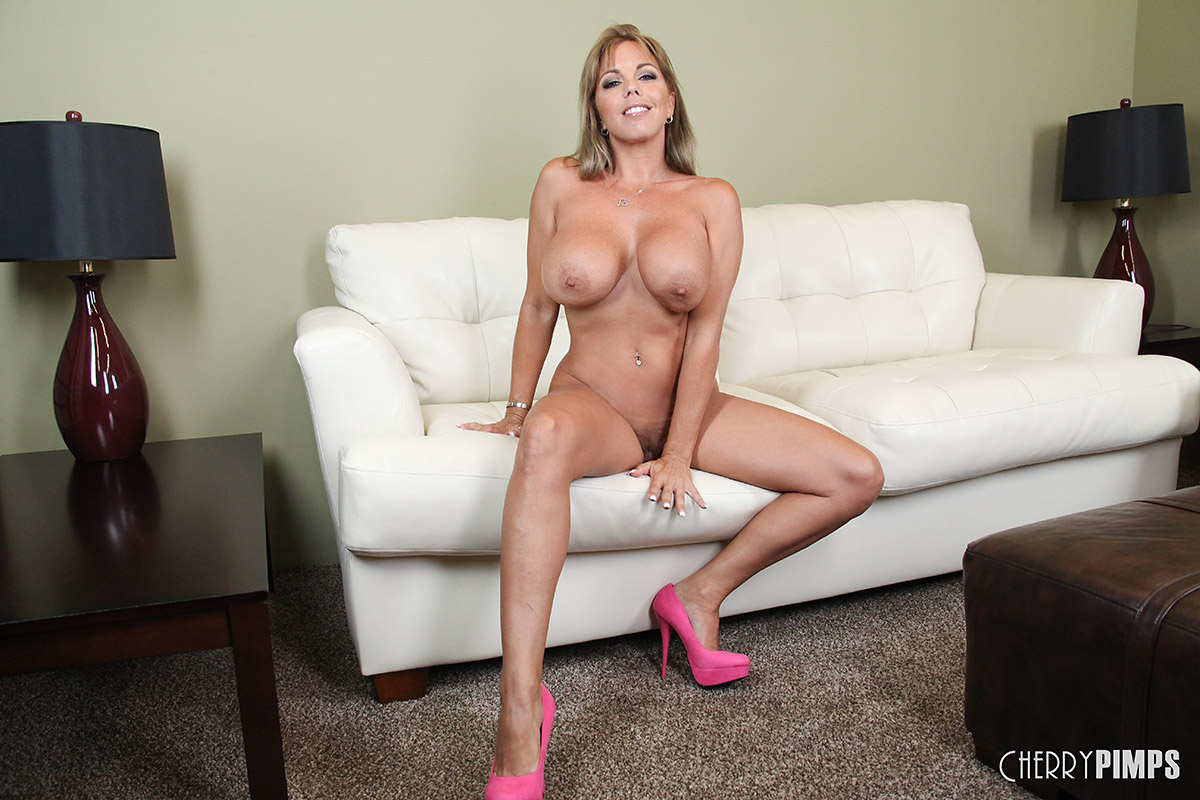 Milf Amber Lynn Bach Playing With Whip Cream And Taking Creampie