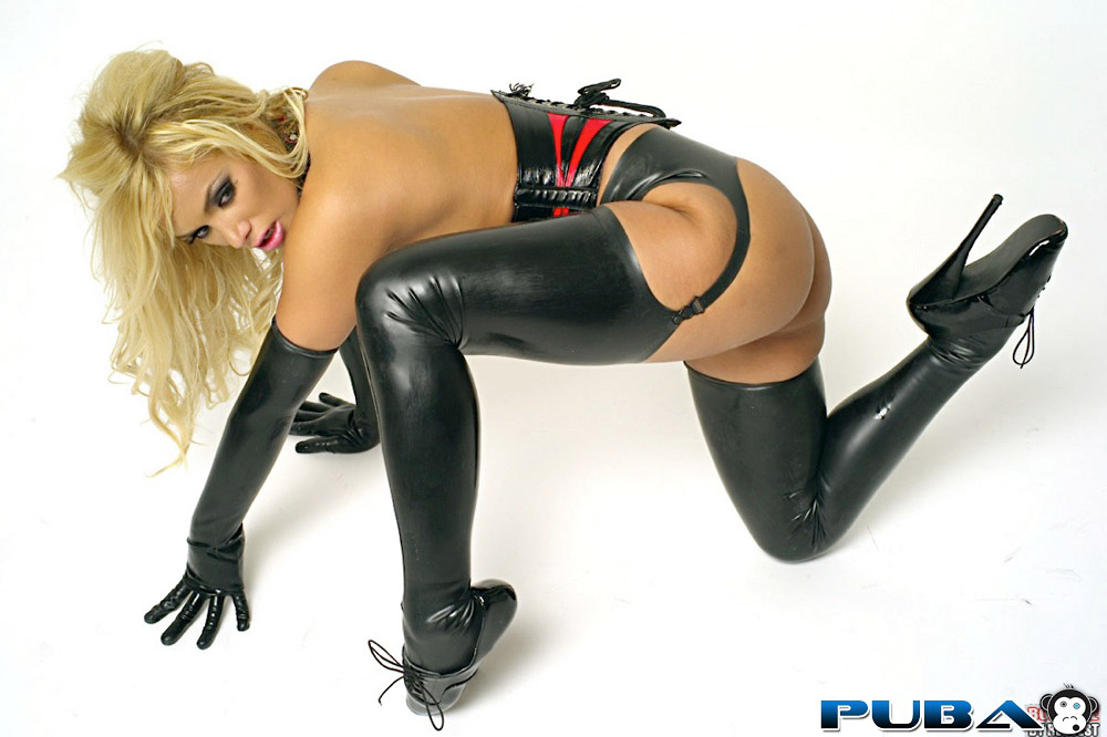 Shyla Stylez In Latex Boots Getting Her Asshole Rammed Photos 1