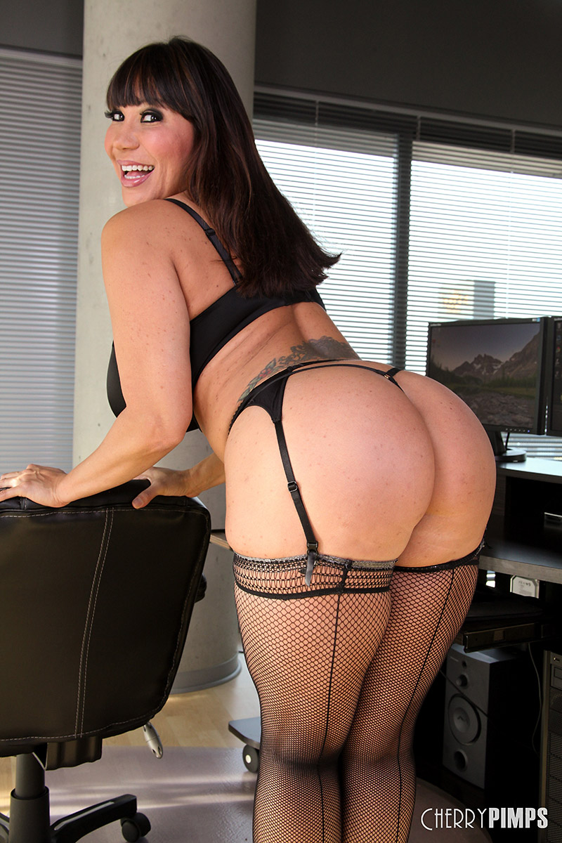 Ava Devine Gold Tube Porn ava devine voluptuous latina milf in black bra and panties