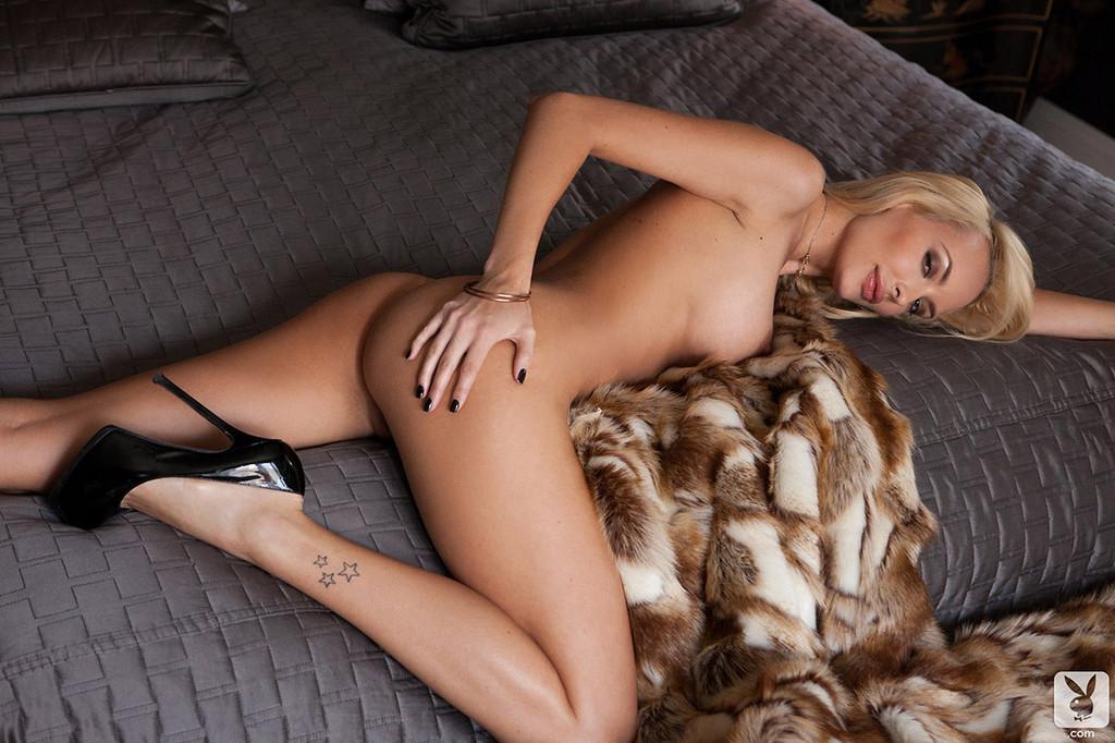 Shera Bechard Nude Shera Bechard Elegant Anal 1