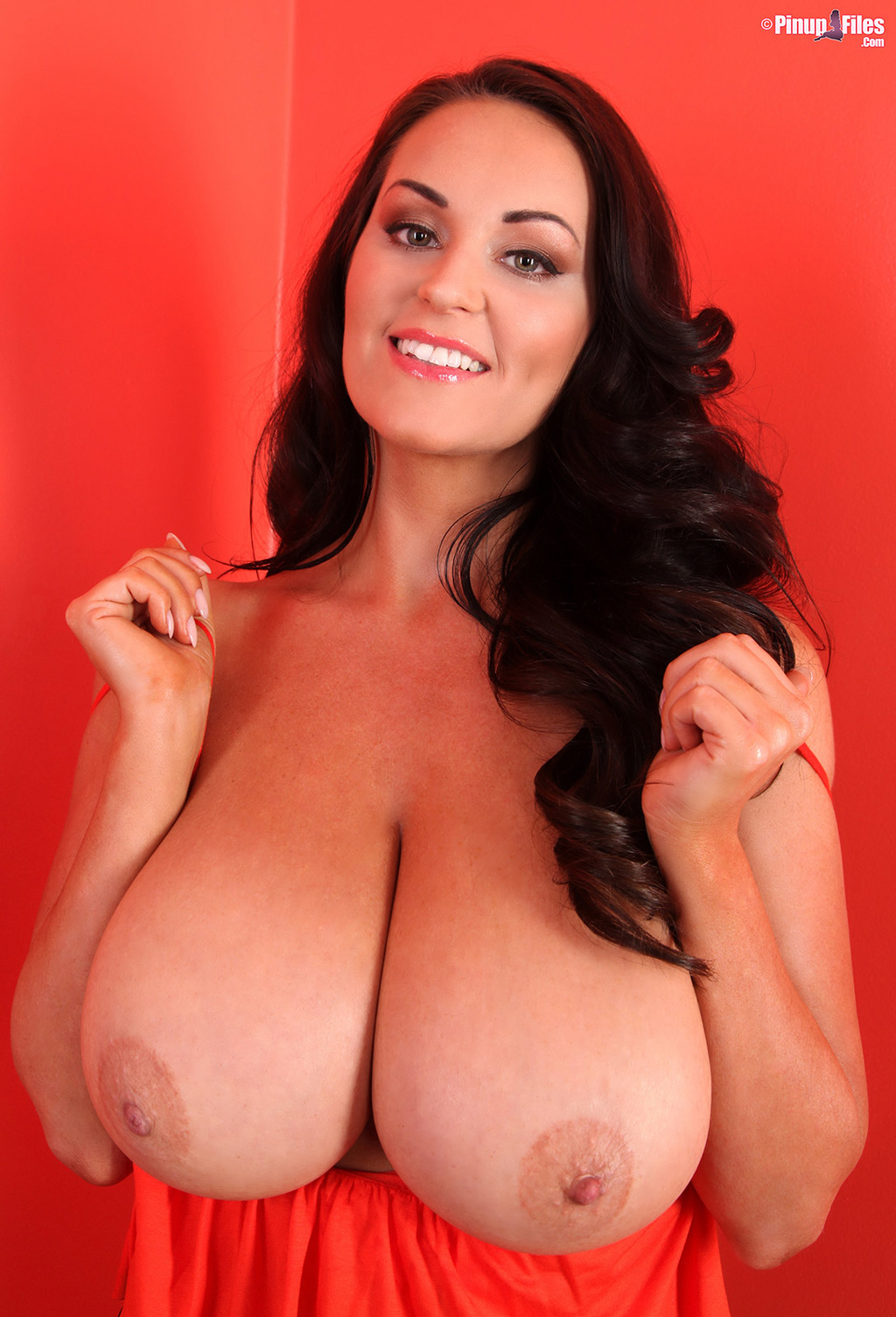 sarah nicola randall big tits