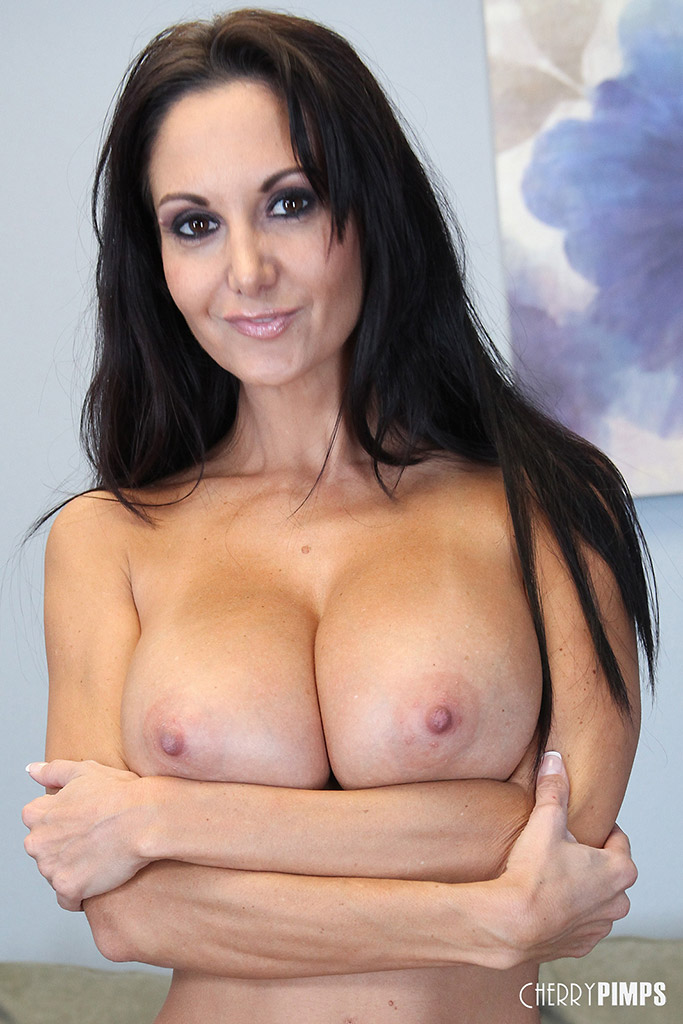 Ava Addams Busty French Pornstar Pleases Her Pussy