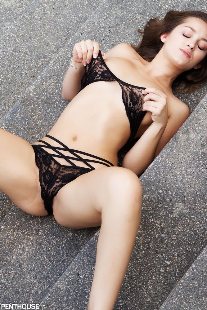 Dani Daniels Looks Luscious in Lace