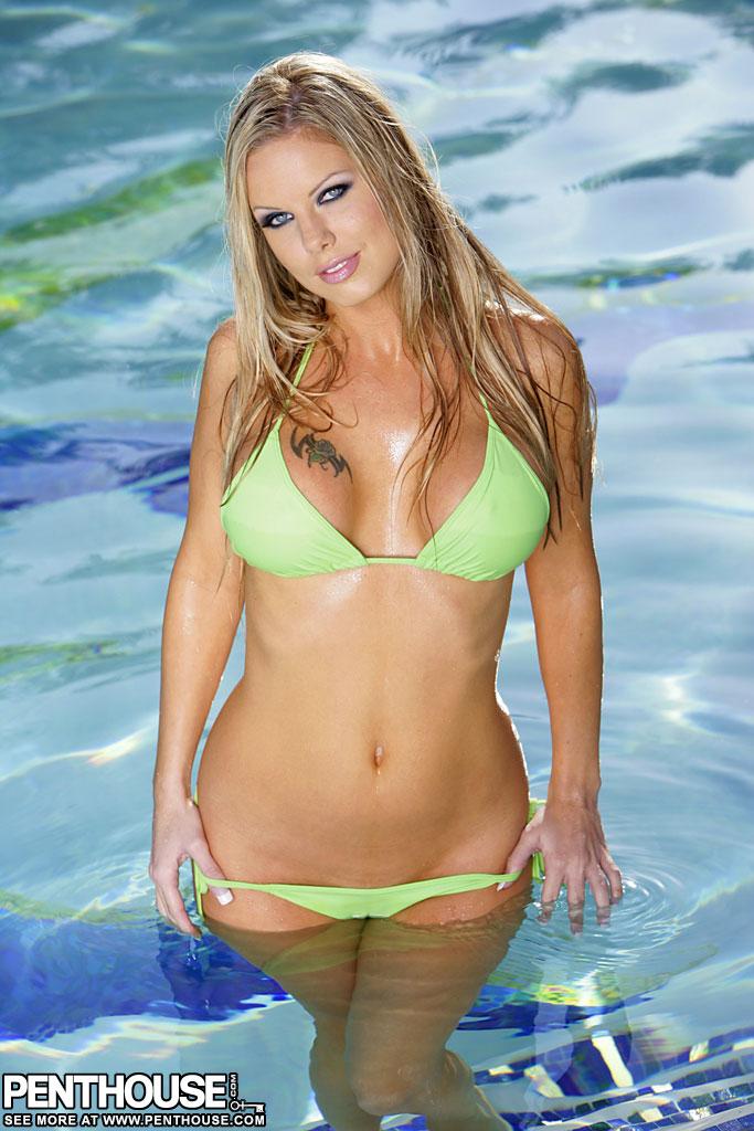 Jennifer Emerson Wet in a Green Bikini