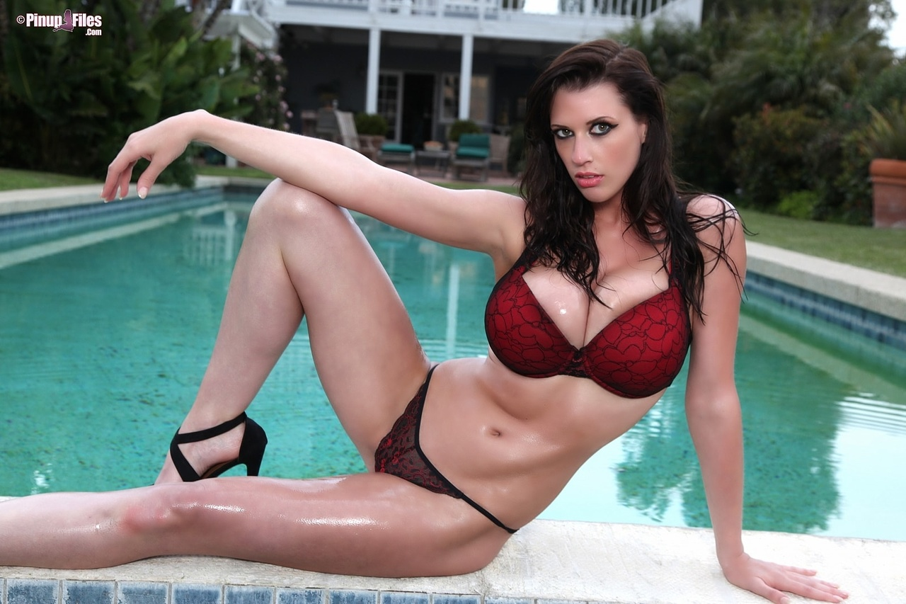 Lana Kendrick Brings Lingerie to the Pool