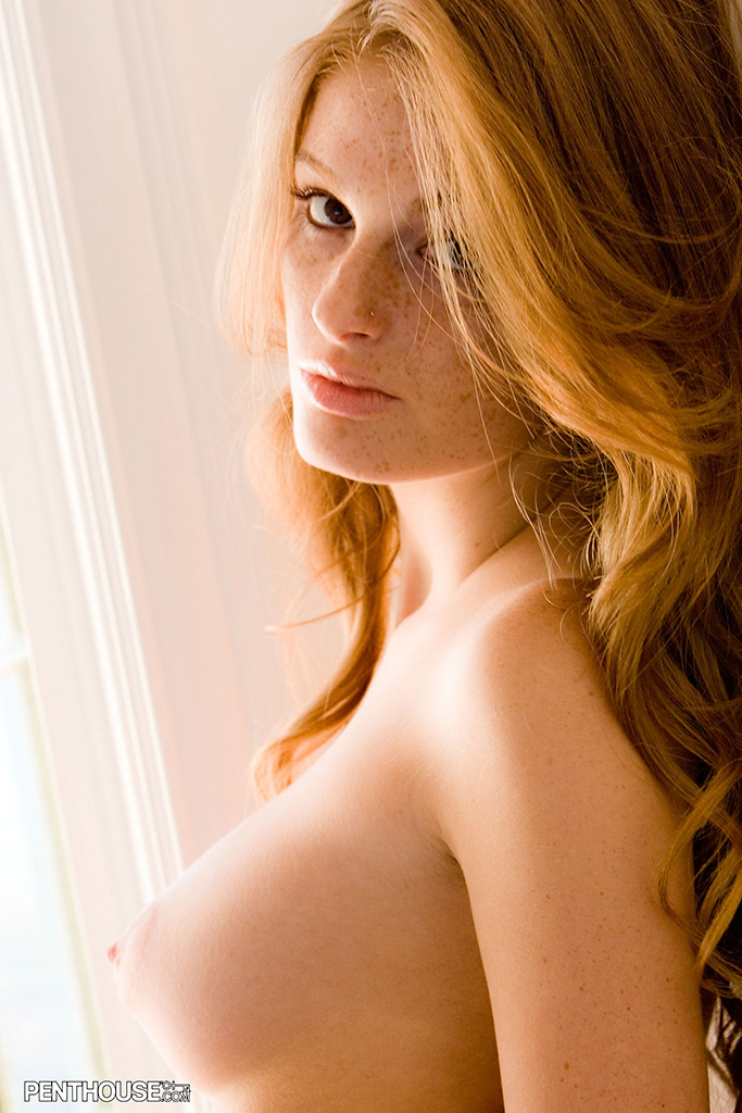 Faye Reagan Natural and Naked by the Window