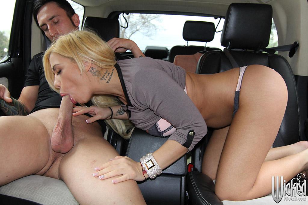 Hot sex car — img 9