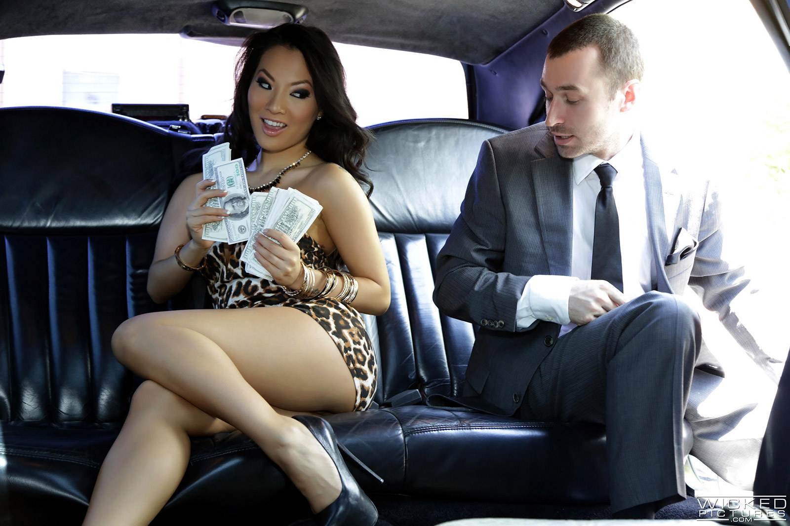 Congratulate, simply sex in limousine paid sorry, not absolutely