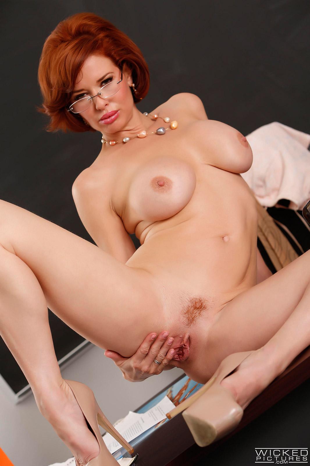 Redhead Milf Cougar