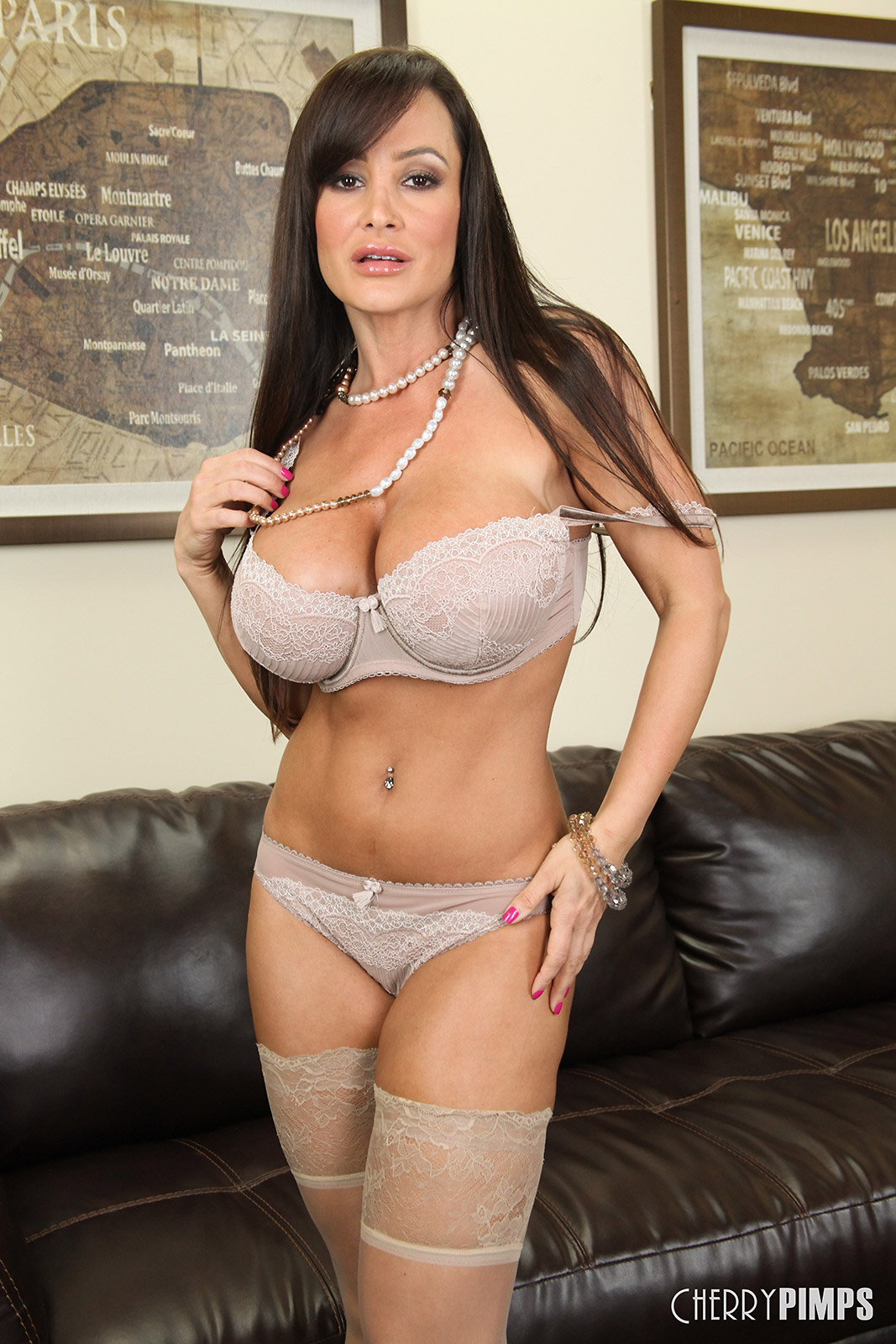 Lisa ann is the hottest milf on the planet