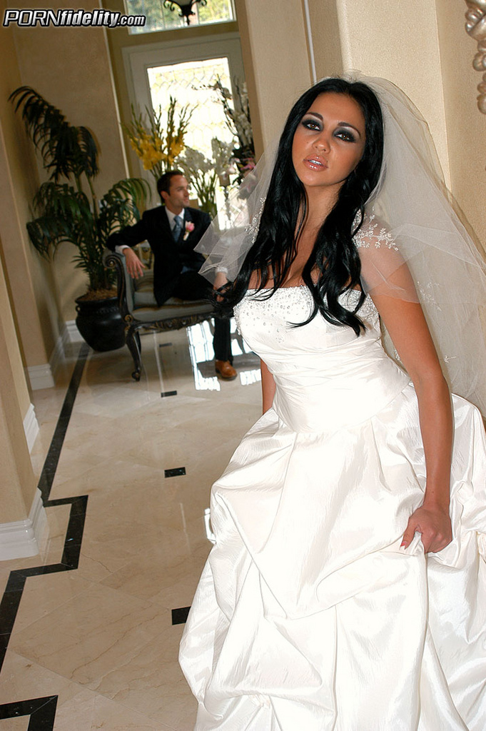 Audrey Bitoni is Cheating Whore on Her Wedding Day