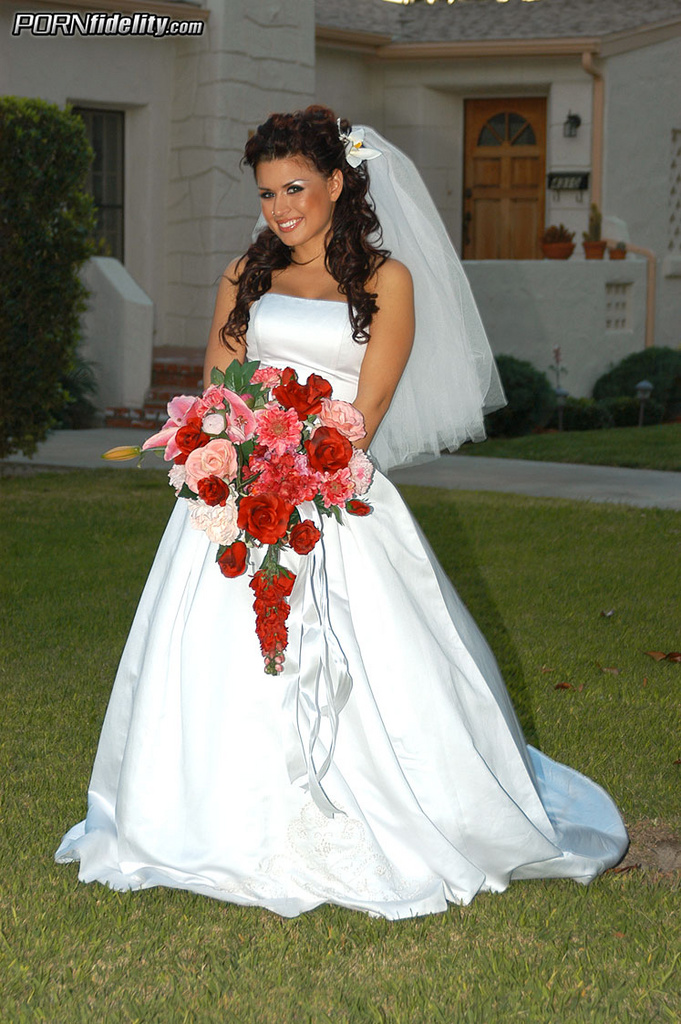 Eva Angelina Has Hardcore Wedding Night