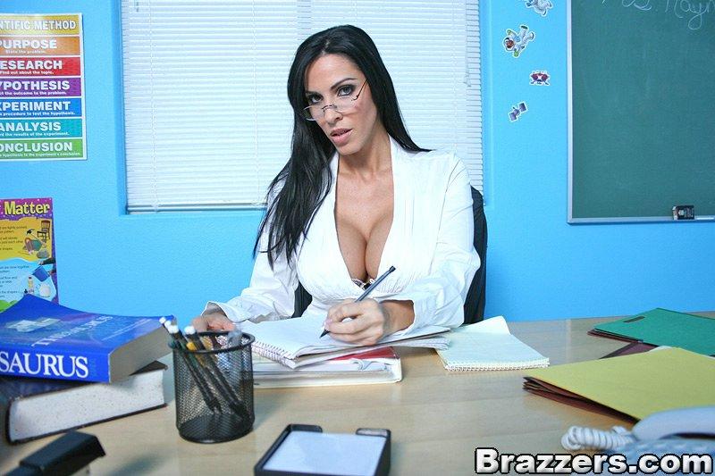Naughty Veronica Rayne Teaches Sex Education