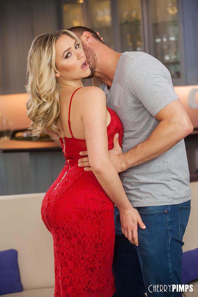 Mia Malkova Having Passionate Sex with Danny Mountain