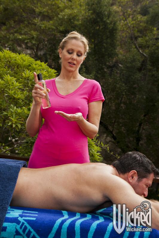 Julia Ann Blonde Cougar Gives Busty Erotic Massage