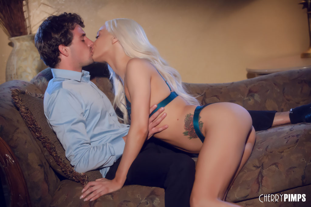 Elsa Jean is a Petite Queen Rocking a Big Cock