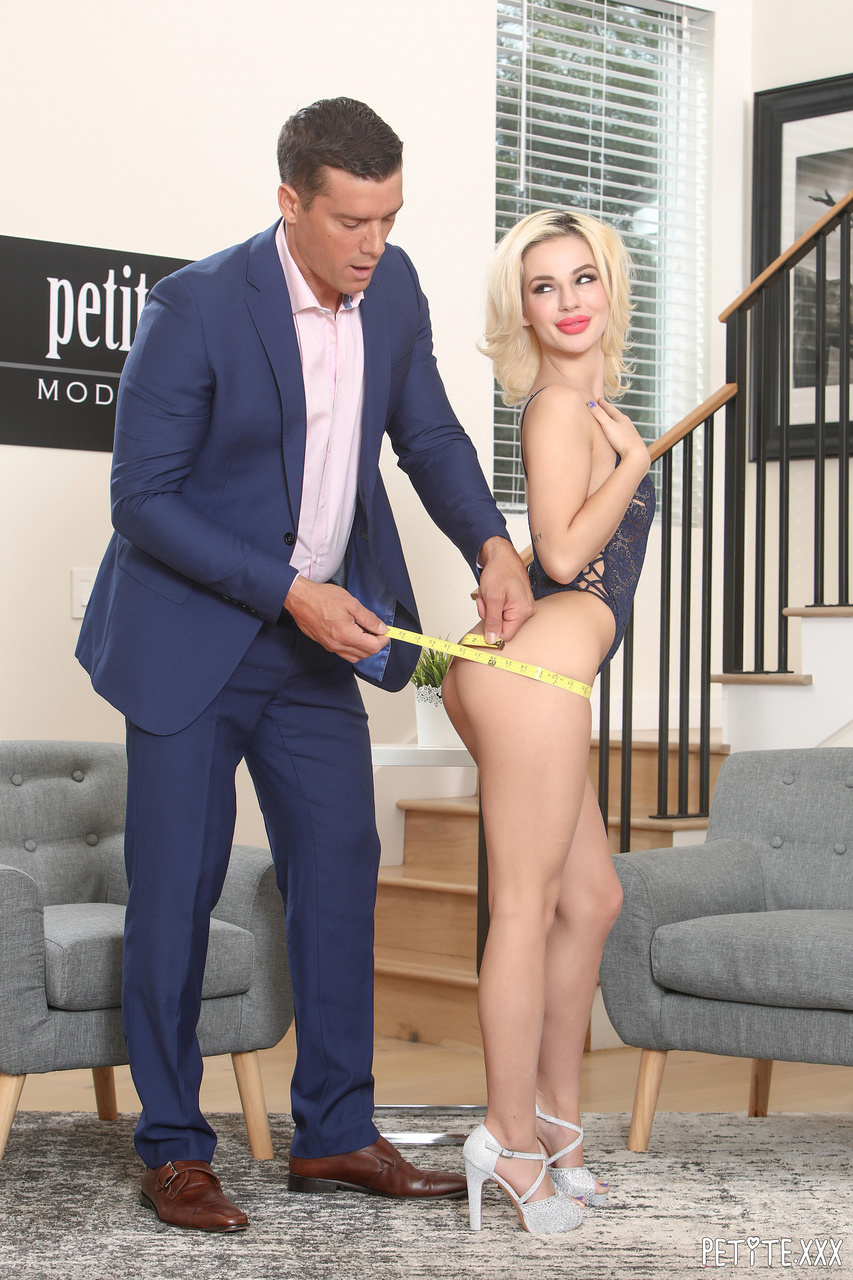Bella Rose Immeasurably Sexy and Horny