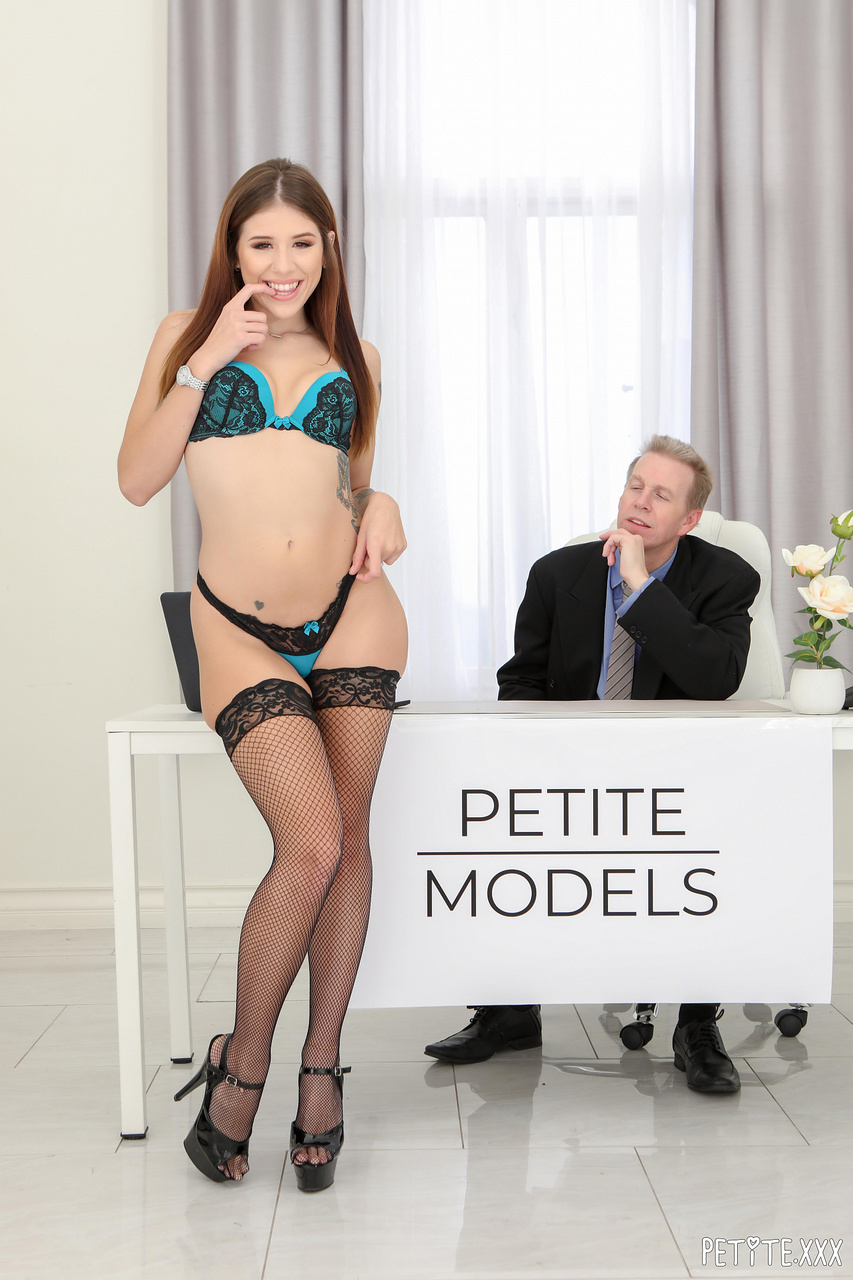 Isabel Moon Makes Sure Her Body is Petite